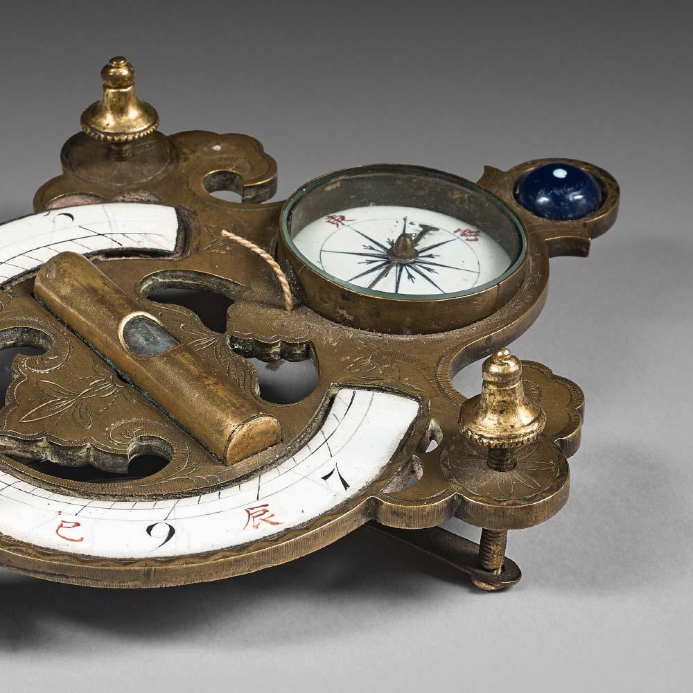 A gilt–bronze pocket compas and sundial - 2