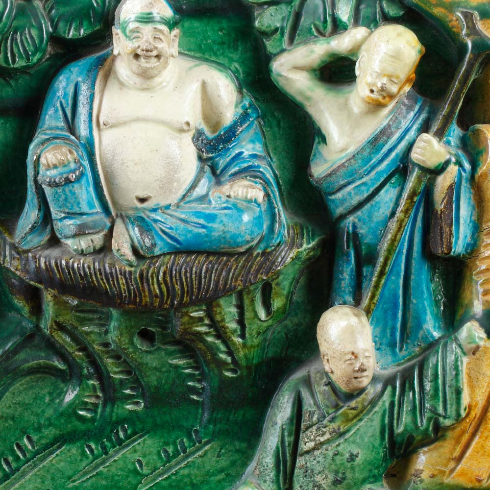 An important sancai stoneware plaque with buddhist characters - 2
